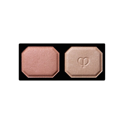 A magnified image of the texture of the Eye Color Duo Refill, Calm Pink